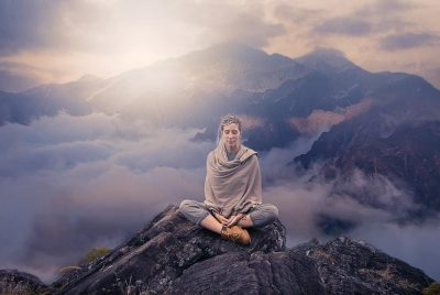 Best Blankets For Meditation